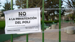 No a la Privatización del Poli. ¿Te gusta pagar por algo que es gratis?