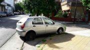 Auto abandonado Terrado y Rumania