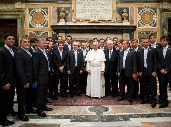 El Papa Francisco con la delegacion Argentina en el Vaticano