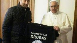 Juan Carlos Molina, titular del Sedronar, junto al papa Francisco
