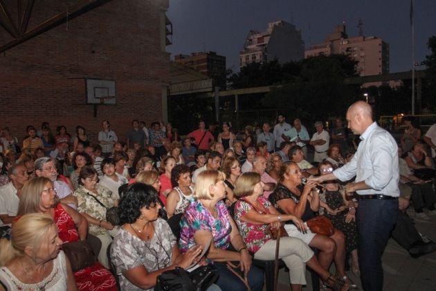 Horacio Rodríguez Larreta reunido con vecinos