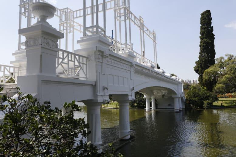 Puente Griego rosedal