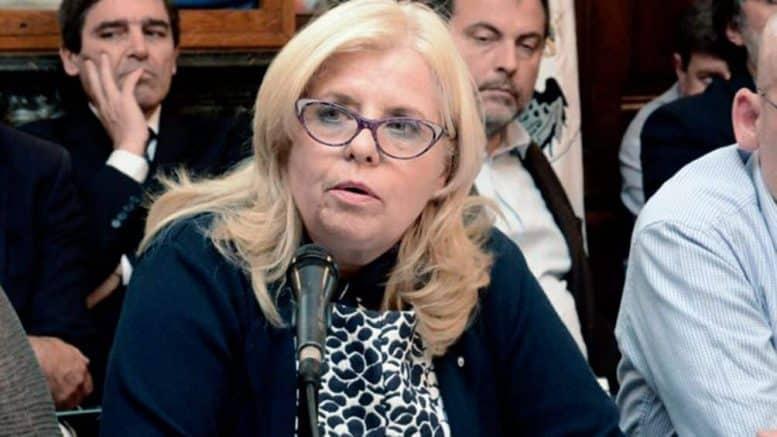 Dra. Ana Bou Pérez