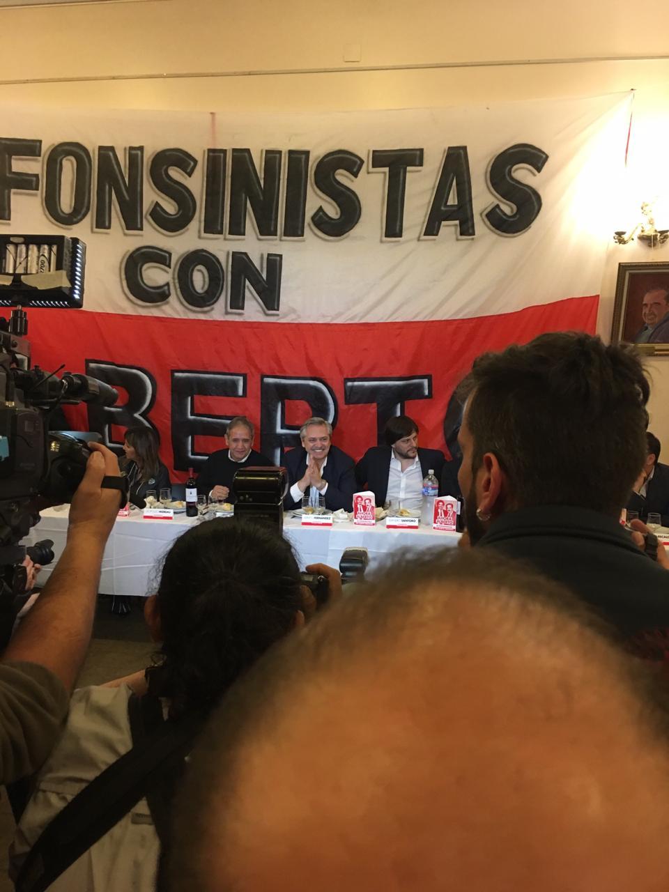 Santoro Alberto Fernández encuentro Radical