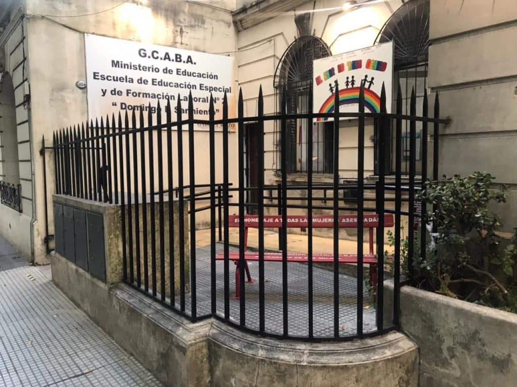 Banco Rojo Villa del Parque