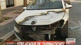 Volkswagen Scirocco prendido fuego victima de los quemacoches