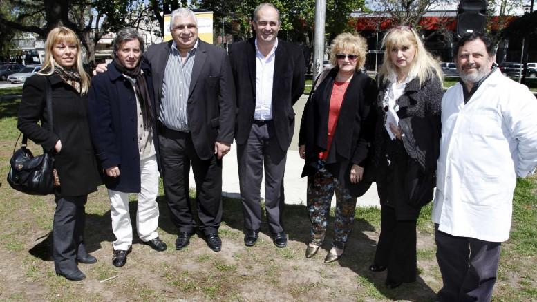 Inauguración Plazas Emilio Ravigniani y El Maestro
